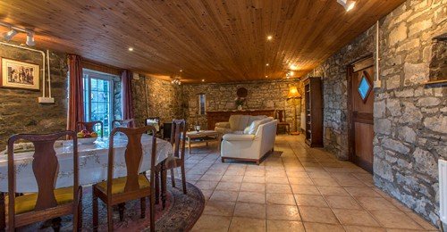 Wilde Cottage Retreat €350- €480 per week,Holiday Cottage Ireland